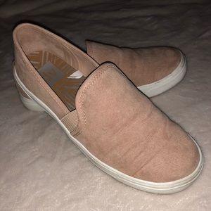Rose slip on shoes! Size 6!